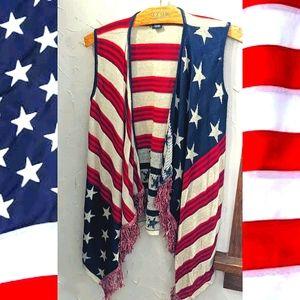 Medium Rue 21 American flag sleeveless cardigan